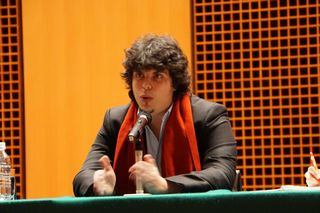 201502_battistoni_lecture_02.jpg