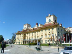 castle_Esterhazy.jpg