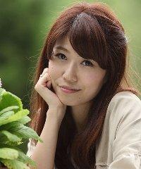 takahashi_yui_201307.jpg